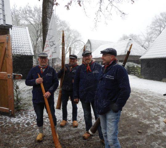"""de Moorbloazers in SBS6 programma: """"Zo viert Nederland kerst"""""""